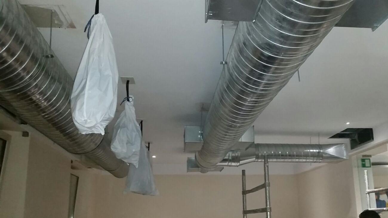 Conductos vistos proyecto de climatizaci n for Conductos de aire acondicionado